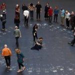 タニア・ブルゲラの経歴・作品・展覧会を紹介。キューバの社会改革をアートで!